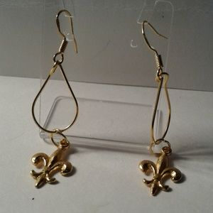 18kt gold plated earrings Fleur De Lis